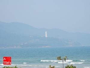 乃木坂46MVに登場したビーチから見える観音菩薩像